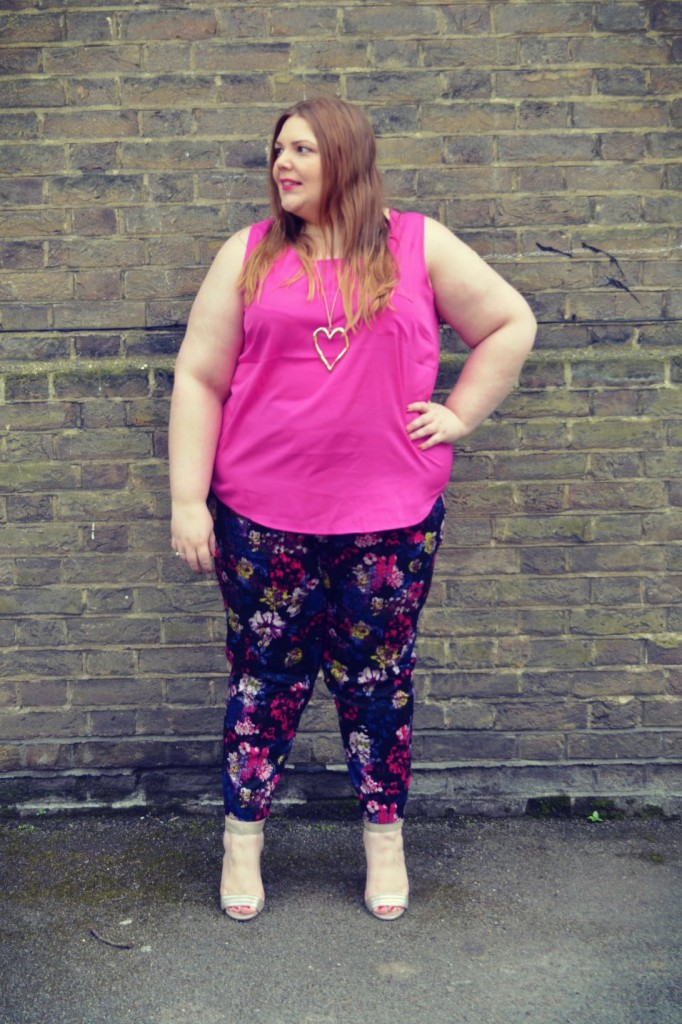 Yours Clothing - Trousers - Pretty Big Butterflies