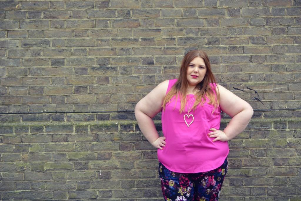 Hollie - Pretty Big Butterflies - Plus Size Blogger