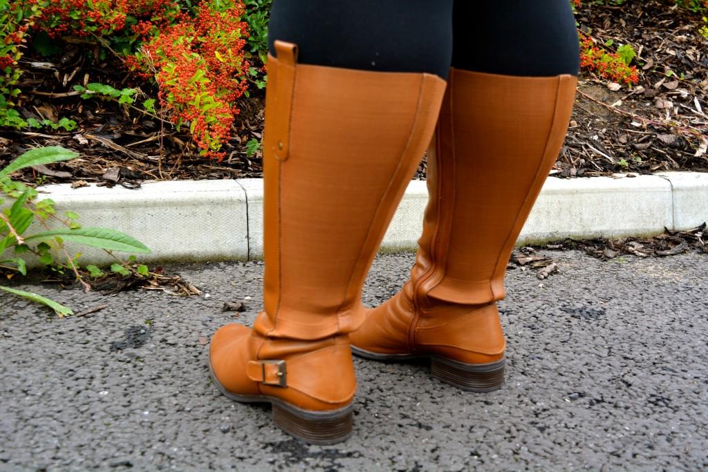 Pretty Big Butterflies  - Curvissa Winter Boots Review