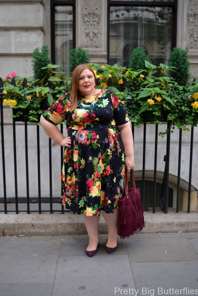 UKPSFW - Pretty Big Butterflies Outfit