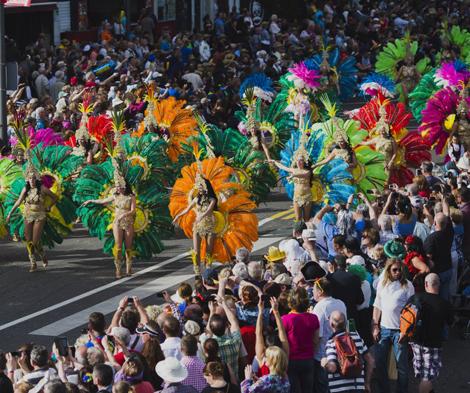 http://www.hellocanaryislands.com/whats/traditional-festival/santa-cruz-de-tenerife-carnival