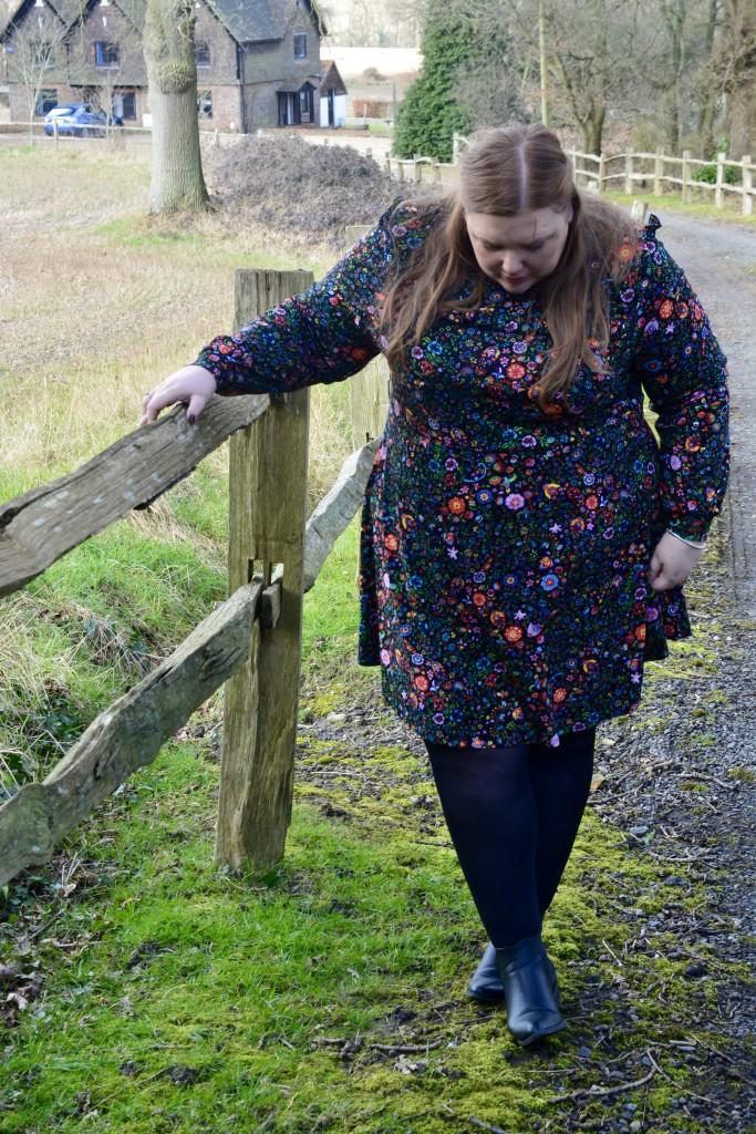 plus size floral swing dress - pretty big butterflies