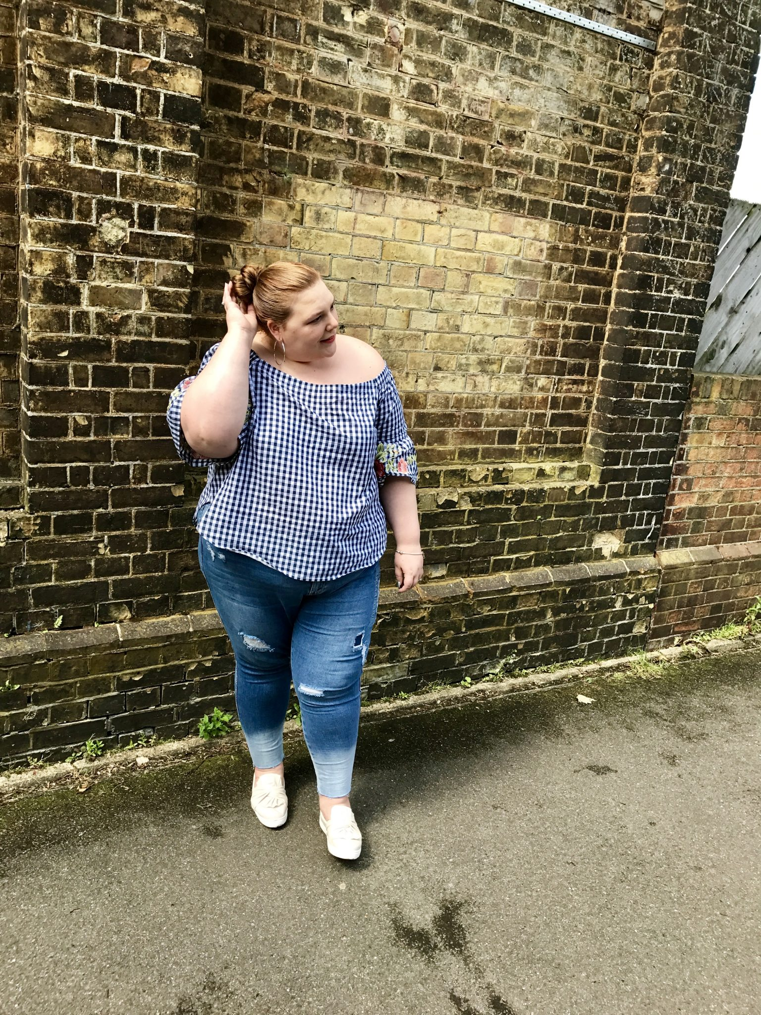 Plus size summer trends - pretty big butterflies - uk blogger