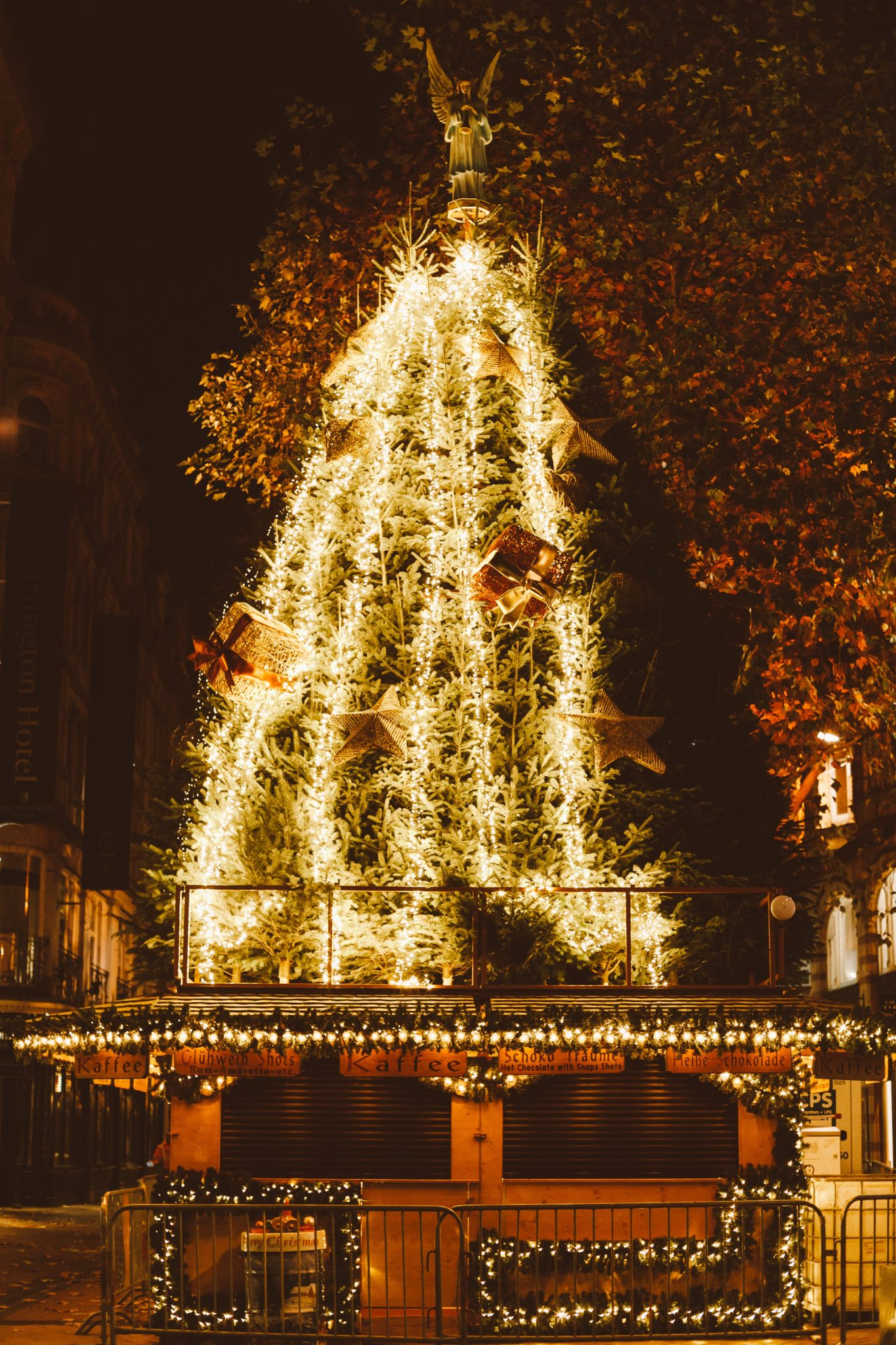 How to Plan Your Visit to One of Europe's Christmas Markets